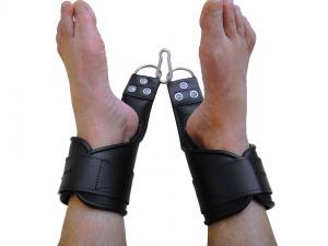 Hand/Fuß Hängefessel aus Leder S/M - 0300.